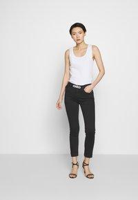 Pinko - SABRINA  - Jeans Skinny Fit - nero limousine - 1