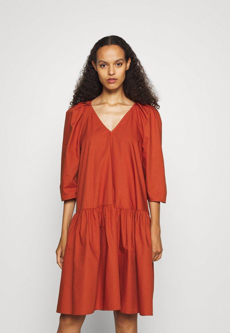 By Malene Birger - CYMARIA - Day dress - amber ale