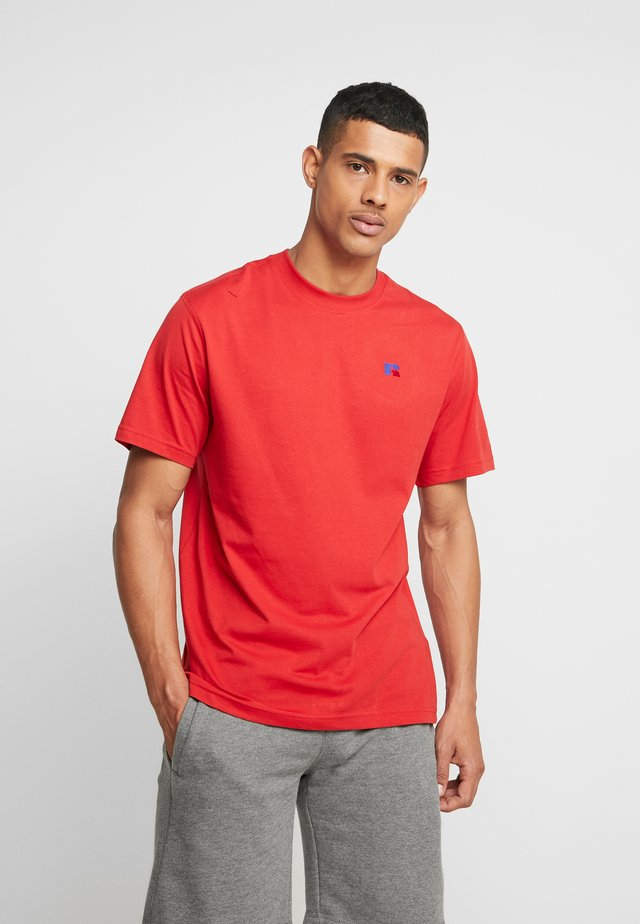 BASELINERS TEE  - T-shirts - true red