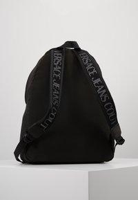 Versace Jeans Couture - Batoh - black - 2