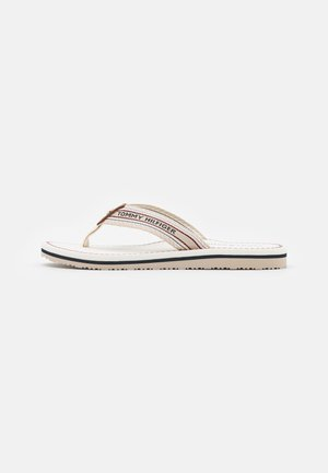ARTISANAL FLAT BEACH - Sandály s odděleným palcem - ecru