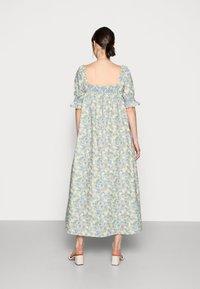 Résumé - EILEEN DRESS - Denní šaty - pastel green - 2