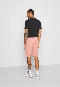 Brave Soul - BARKERB - Shorts - winter pink - 2