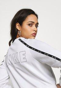 Nike Sportswear - W NSW AIR JKT PK - Hettejakke - white - 0