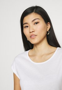 Anna Field - 3 PACK - T-shirts - black/white/khaki - 5