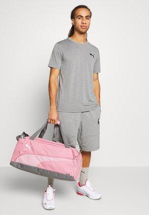 FUNDAMENTALS SPORTS BAG - Sports bag - foxglove