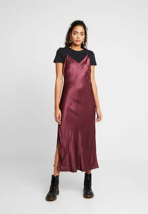 EDIT SLIP DRESS - Denní šaty - vineyard wine
