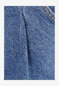 Bershka - Jeans Tapered Fit - light blue - 5