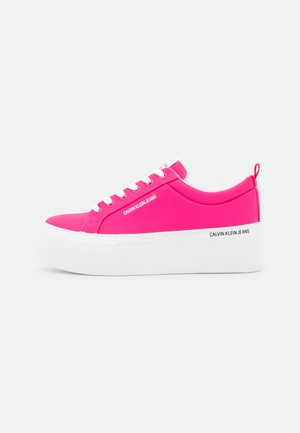FLATFORM LACEUP - Trainers - pink