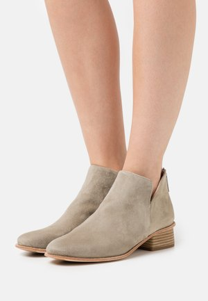 EJEME - Ankle boot - lauro