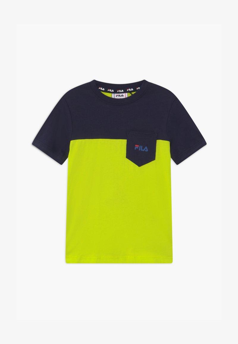 Fila - MARCO BLOCKED  - Print T-shirt - lime popsicle/black iris