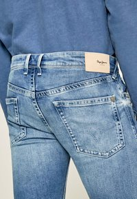 Pepe Jeans - HATCH - Straight leg jeans - blue denim - 3