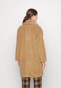 Marella - PERAK - Zimní kabát - cammello - 2
