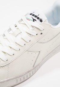 Diadora - GAME WAXED - Sneakers basse - white - 5