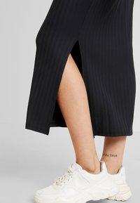 Even&Odd - Robe longue - black - 6