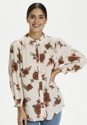 Blus - white w.red paisley flowers