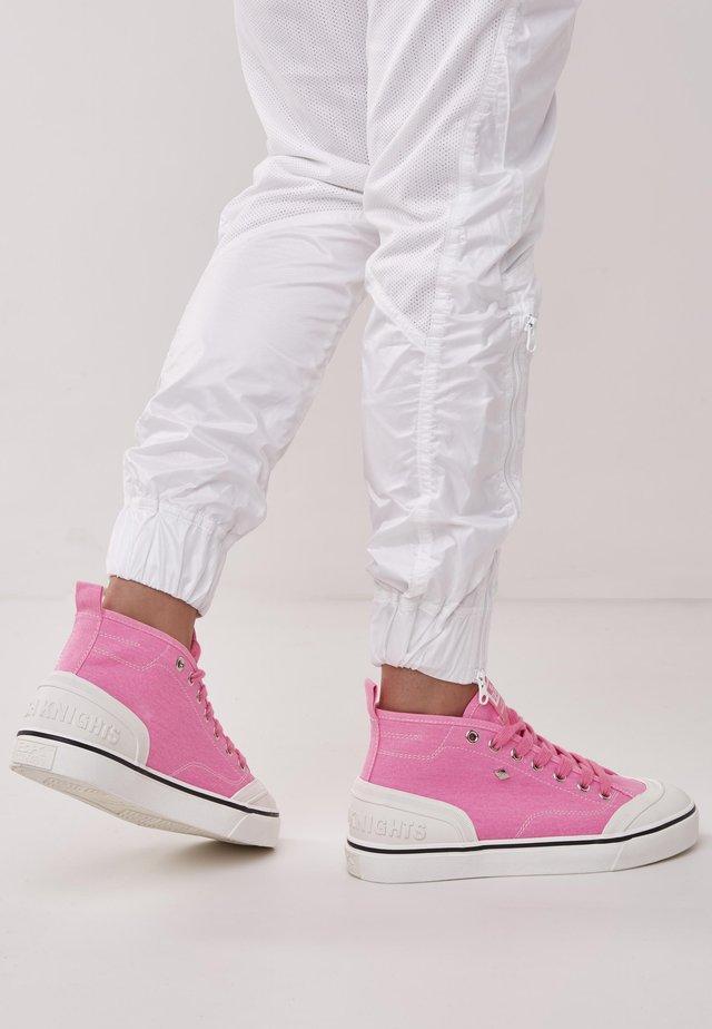 Sneakers basse - neon pink