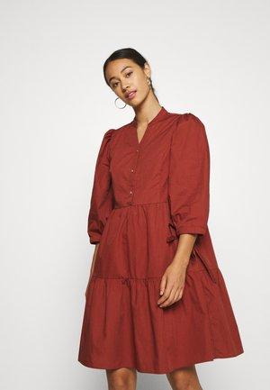 DRESS - Blusenkleid - cowhide