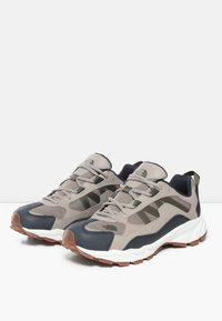 The North Face - M ARCHIVE TRAIL KUNA CREST - Trainers - vintage khaki/urban navy - 2