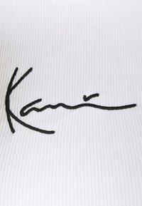 Karl Kani - SMALL SIGNATURE  - Top - white - 5