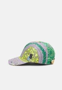 Versace - BAROCCO UNISEX - Cap - lilla/verde acqua/bianco/oro/kaki - 3