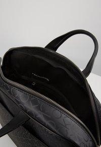 Calvin Klein - INDUSTRIAL MONO SLIM LAPTOP BAG - Aktovka - black - 5