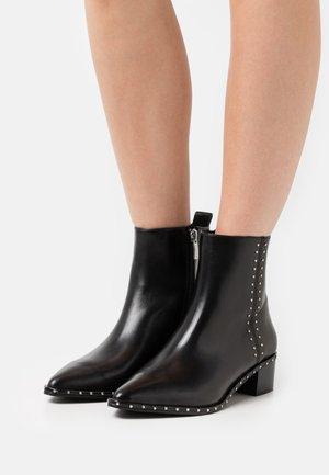 JOPLIN - Cowboy/biker ankle boot - black