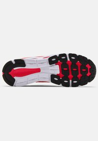 Under Armour - Sneakersy niskie - red - 3