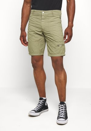 RAMBO - Shorts - army