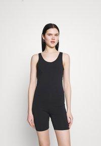 Nike Sportswear - ONE PIECE - Tuta jumpsuit - black/dark smoke grey - 0