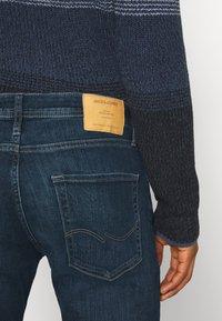 Jack & Jones - JJITIM JJORIGINAL - Straight leg jeans - blue denim - 4