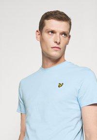 Lyle & Scott - T-shirt - bas - pastel blue - 4