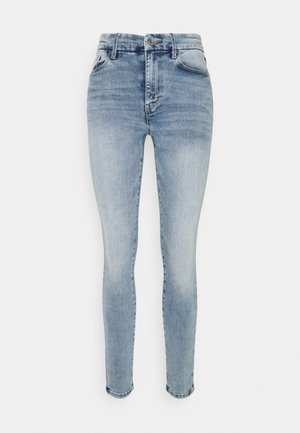 CLARA CURVE  - Jeans Skinny Fit - light denim