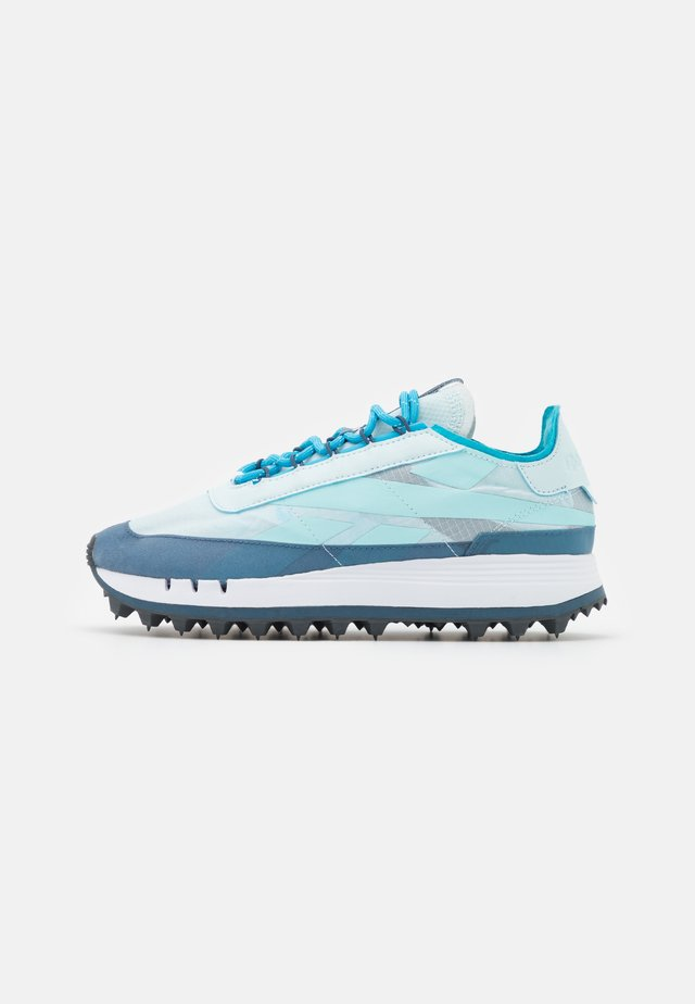 LEGACY 83 - Sneakersy niskie - chalk blue/brave blue/radiant aqua
