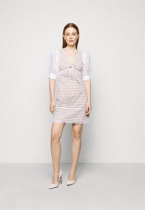 GEO EYELET MINI DRESS - Denní šaty - white