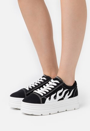 VEGAN - Sneakers - black/white