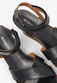 Bianco - SANDALEN LEDER - Wedge sandals - black - 5