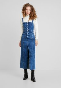 Pepe Jeans - DUA LIPA X PEPE JEANS - Vestido vaquero - blue denim - 1