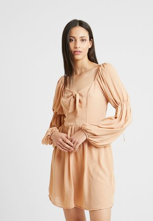 SQUARE NECK PUFF SLEEVES TIE MINI DRESS - Day dress - peach