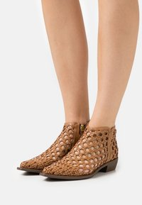 Gioseppo - Ankle boots - brown - 0