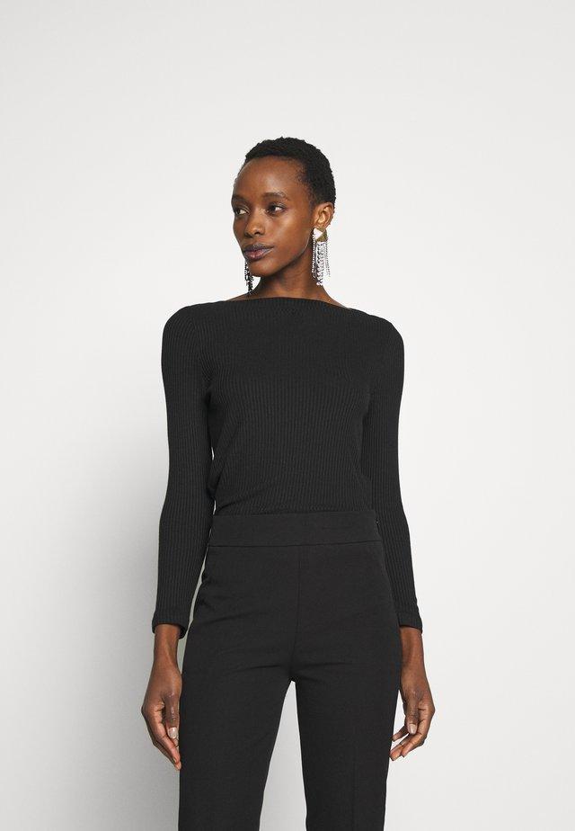 BATEAU NECKLINE - Long sleeved top - black