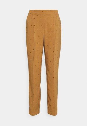VMMORGAN PANT - Trousers - tobacco brown/black