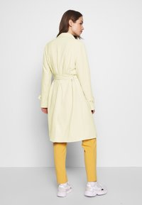 ONLY - ONLUNNA DRAPY COAT - Trenchcoat - peyote - 2