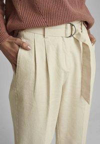 Nümph - NUCAIRO - Trousers - pristine - 2