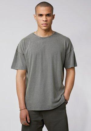 ARNE VINTAGE - Basic T-shirt - vintage grey