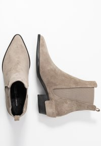 Kennel + Schmenger - ROCKY - Classic ankle boots - pebble - 3