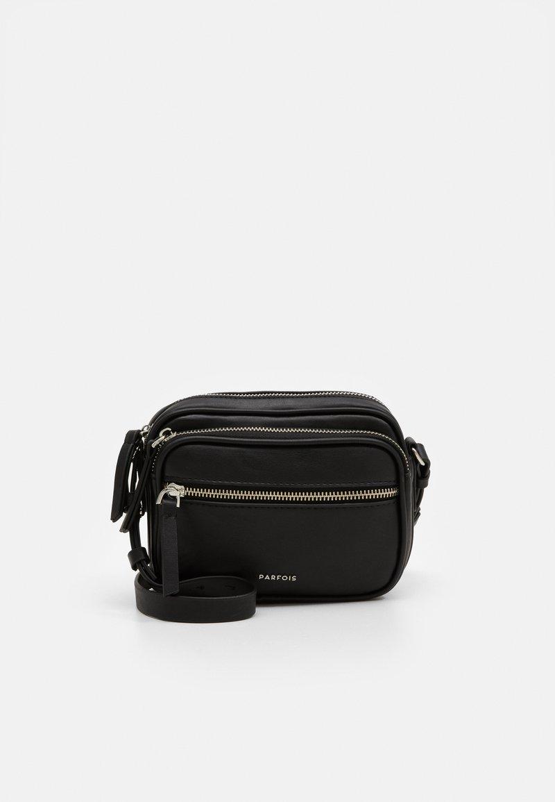 PARFOIS - CROSSBODY BAG BUBBLE - Skuldertasker - black
