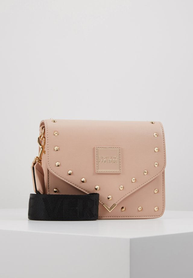STUDDED FLAP OVER - Olkalaukku - naked pink