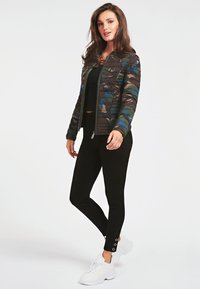 Guess - Jeans Skinny Fit - schwarz - 1
