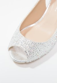 Paradox London Pink - WIDE FIT CELESTE - Peep toes - silver glitter - 6